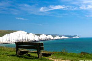 Seven Sisters met bankje nabij Dover Engeland